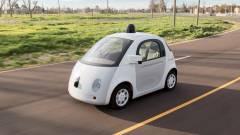 Az autó motorháztetejéhez ragasztana a Google kép