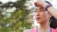 Mobilfizetéssel újíthatnak a Fitbit karkötői kép