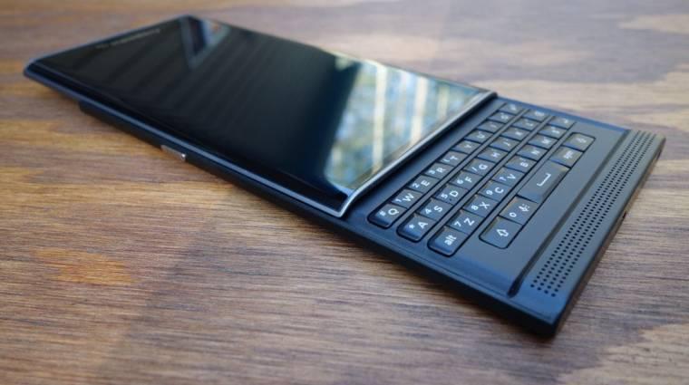 BlackBerry: marad a billentyűzet kép