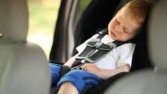 Waze: ne hagyd a gyereket az autóban kép