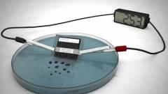 Vízben oldódik az önmegsemmisítő akkumulátor kép