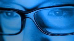 Kékfény-csökkentéssel újít a Windows 10 kép