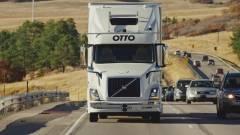 Bő 51 ezer doboz sört szállított le az önvezető kamion kép