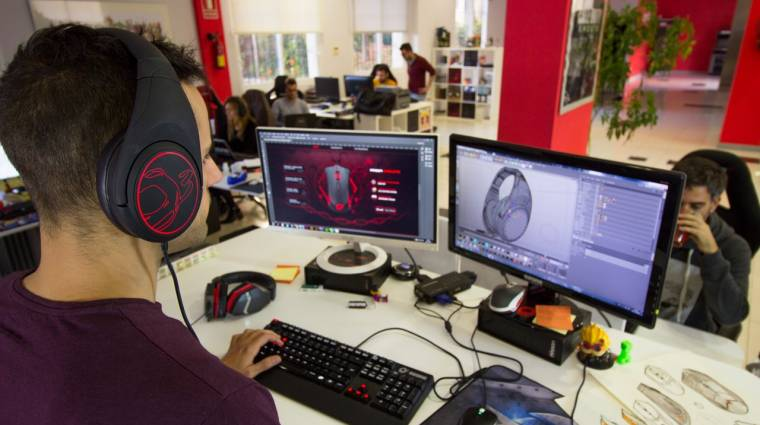 Színek millióiban világíthat az Ozone gamer fejhallgatója kép