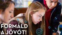 Tizenéveseknek indít programozói versenyt a UPC kép