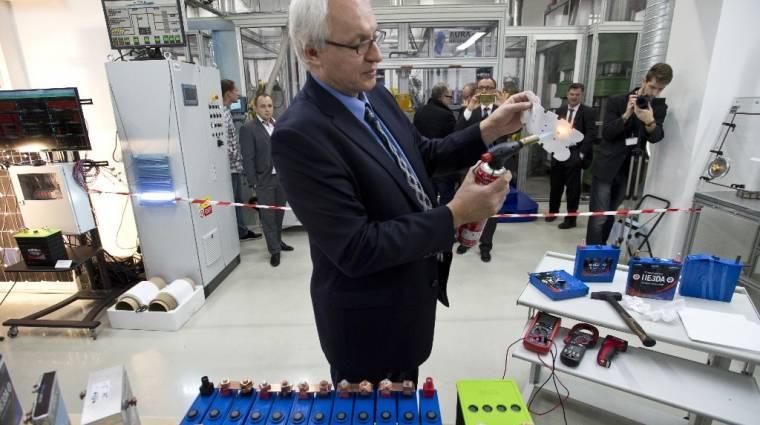 Nanotechnológiás akkuval újítottak a csehek kép