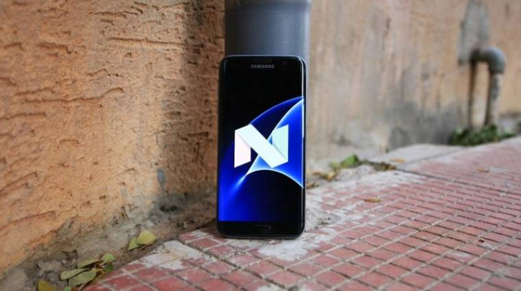 Samsung Experience lett a TouchWizből kép