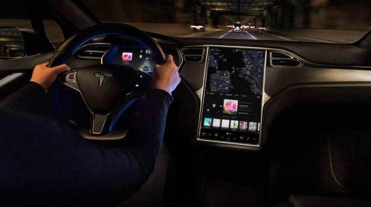 Még idén frissülhet a legújabb Tesla kocsik szoftvere kép