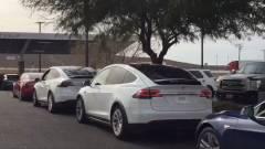 Súlyos balesetet előzött meg a Tesla Autopilot kép