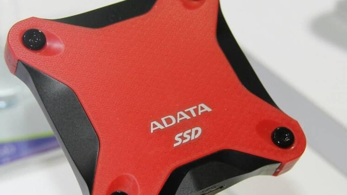 Ezt az ADATA SSD-t bárhová elviheted kép