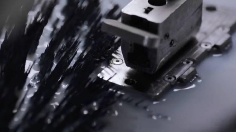 Rozsdamentes acélra vált az iPhone 8 kép