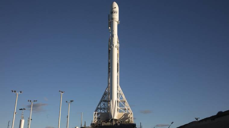 A robbanás után sikerrel tért vissza a SpaceX rakétája kép