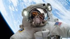 Erre jó a GoPro az űrben kép