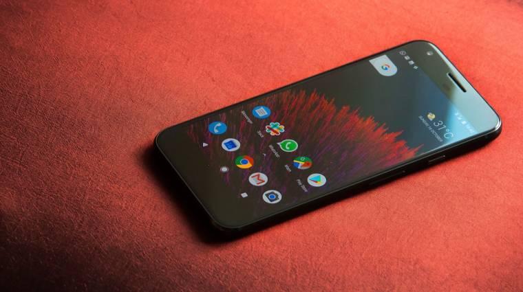 LG kijelzőt akar a Pixel 2-be a Google kép