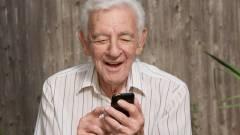 Egyre több idős embernek van okostelefonja kép