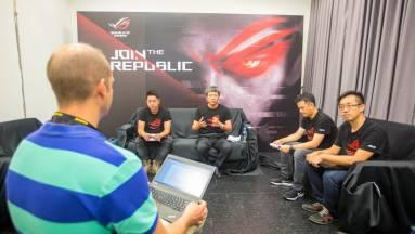 Lesz moduláris gamer notebook és kihal-e az asztali PC? – Interjú az Asus RoG-csapattal kép