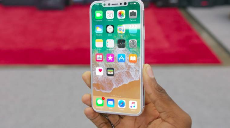 Már sorban állnak az új iPhone-okért kép