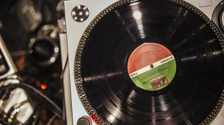 A CD és a bakelit menőbb, mint a digitális letöltés kép