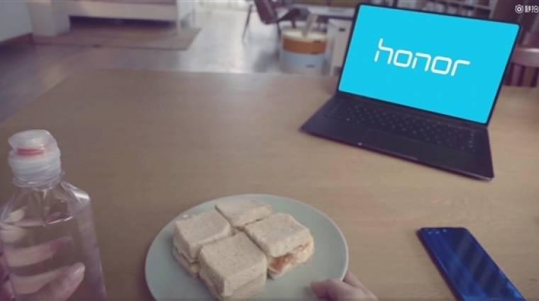 Jön az első Honor laptop kép