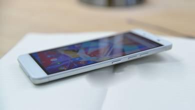 Több androidos gyártó okostelefonján is gyári kártevőt találtak