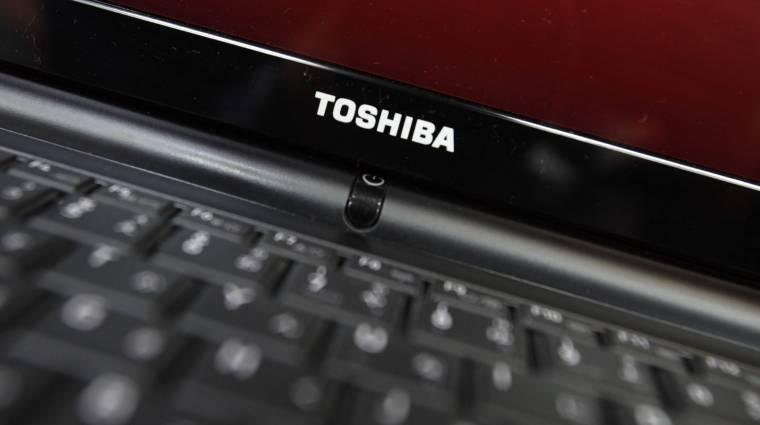 A Sharp megveszi a Toshiba PC-s üzletágát kép