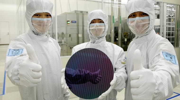 A Samsung 8 GB RAM-ot tesz a következő okostelefonokba kép