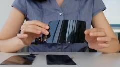 Videón a törhetetlen mobil kijelző kép