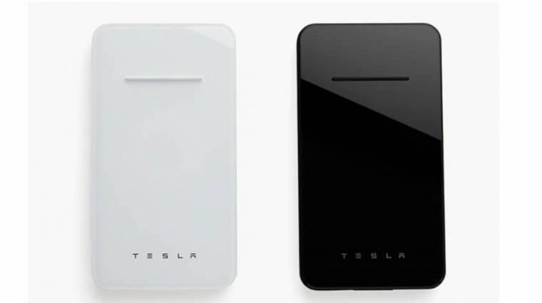 Bemutatta, majd eltüntette a vezeték nélküli töltőjét a Tesla kép