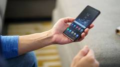 Tényleg négy Samsung Galaxy S10 készül kép
