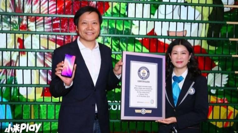 1005 mobilból épült fel a Xiaomi világrekorder kijelzője kép