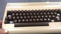Teljes méretű utódot kap a C64 Mini kép