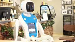 Robotok szolgálnak fel egy budapesti kávézóban kép