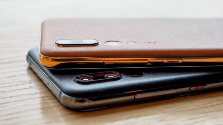Egy iPhone-ról kívánt boldog új évet a Huawei kép