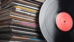 Menőbb a zenei CD és a bakelit, mint az iTunes és a digitális letöltések kép