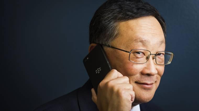 A BlackBerry sem hisz az összehajtható mobilokban kép