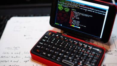 Játékra is alkalmas mini laptopot csináltak a Raspberry Pi 3B-ből