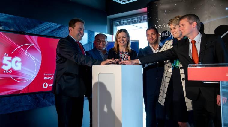 A Vodafone bemutatta Budapest első állandó 5G bázisállomását kép