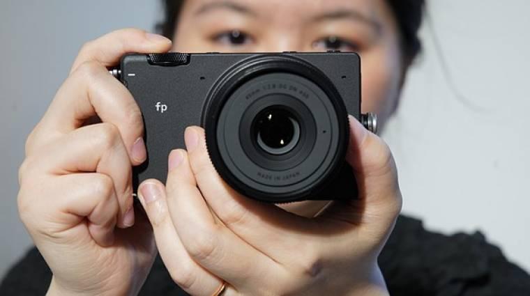 A világ legkisebb full frame, tükör nélküli digitális fényképezője lett a SIGMA fp kép