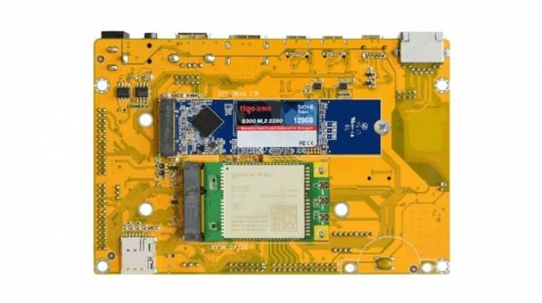 Erre a lapka PC-re M.2-es SSD is fér kép
