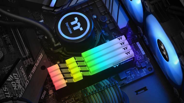 RGB-s ToughRAM memóriákkal újított a Thermaltake kép