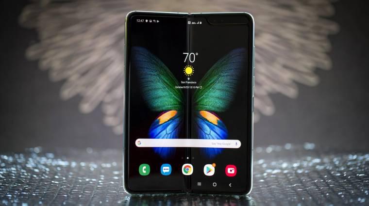 Állítólag már készül a Samsung olcsóbb összehajtható mobilja kép
