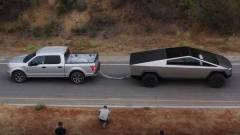Összemérte erejét a Tesla autószörnye és egy Ford F-150 kép