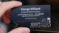 Itt egy névjegykártya, ami linuxos számítógép is egyben kép