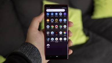 Megint kompakt mobillal támadna a Sony